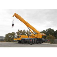 Аренда автокрана (130 тонн) LIEBHERR LTM 1130-5.1 в Гатчине, Санкт-Петербурге и Ленобласти